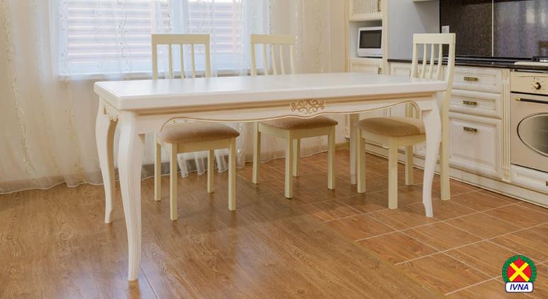 Выбираем надёжный кухонный стол